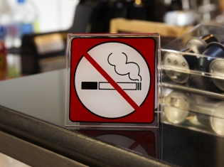 How 'No Smoking' Signs Help Your Health